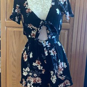 American Eagle Outfitters Pants & Jumpsuits - AE Floral Romper NWT